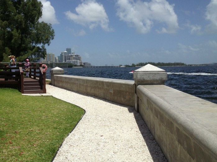 Commercial Seawall Contractors | Tampa | Priority Marine